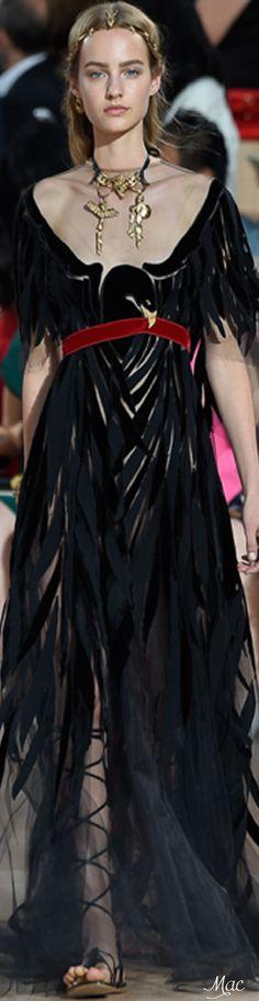 Fall 2015 Couture Valentino