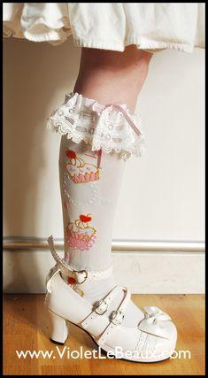 Tutorial for Lolita lace Socks