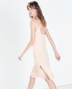 SLIP DRESS WITH SLITS Nike Outfits, Boho Outfits, Zara Dresses, Fashion Dresses, Vestidos Zara, Zara Fashion, Kinds Of Clothes, Slit Dress, Affordable Clothes
