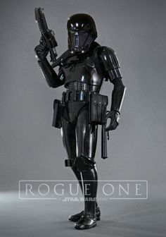 Hot Toys Star Wars Shadow Trooper (Toys Soul Hong Kong Exclusive) collectible is based on the expanded Star Wars universe for Episode IV: A New Hope. Sith, Star Wars Toys, Star Wars Art, Star Destroyer, Boba Fett, Gi Joe, Star Wars Episodio Iv, Dark Vader, Figuras Star Wars