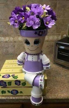 Résultat d'images pour Clay Flower Pot People Clay Pot Projects, Clay Pot Crafts, Diy Clay, Diy Crafts, Flower Pot Art, Clay Flower Pots, Flower Pot Crafts, Flower Pot People, Clay Pot People