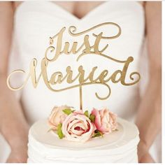 """""""Just Married"""" Rustic Wedding Cake topper Engagement Wooden cake topper - Wood letters Cake Decorations Gifts Favors Supplies Material:High quality antic wooden Color:Wooden gold Approx. Hight:15cm Ap"""
