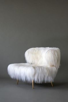 Videre Licet — Woolly Bella lounge chair