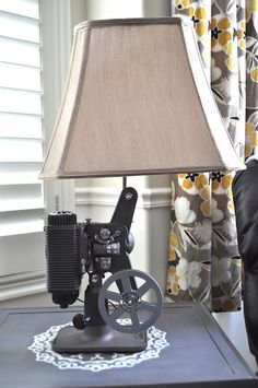 vintage projector lamp..wanted to do this with dads old projector..