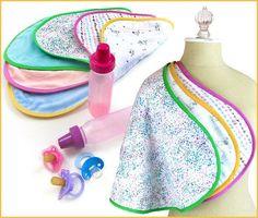 Retrouvez des tutoriels de couture gratuits pour confectionner vêtements et accessoires pour bébé.