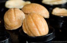 Ciasteczkowe orzeszki wypieczone przy pomocy gofrownicy z wymiennymi płytkami Efbe-Schott ZN 3.1.