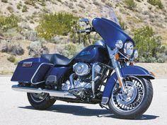 Harley Davidson Electra Glide Standard #harleydavidsonroadkinggirls #harleydavidsontrikeelectraglide
