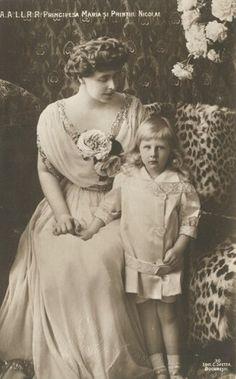 Queen Marie of Romania Gallery / Principesa Maria şi Printul Nicolae Postcard