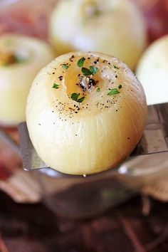 Microwave Baking, Microwave Recipes, Side Dishes Easy, Side Dish Recipes, Honey Glazed Carrots, Baked Onions, Recipe Generator, Onion Recipes, Cabbage Soup