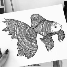 This was the very first fish drawing that i made in zentangle.. Its time to draw a more sophisticated one 💕 Abstract Pencil Drawings, Fish Drawings, Art Drawings Sketches, Mandala Art Lesson, Mandala Artwork, Doodle Art Drawing, Zentangle Drawings, Fish Zentangle, Mandala Sketch