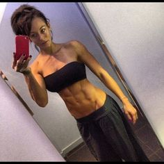 """Original description: """"dailyfitnessgirls:  Hot Fitness Babes""""  This picture is grotesquely unrealistic."""