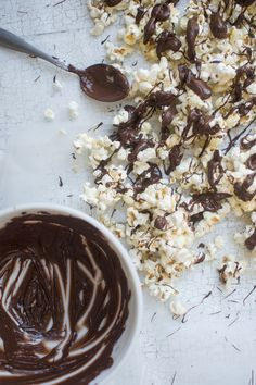 Chocolate Mint Drizzled Popcorn /// I'll make some for you, if you make some for me!!