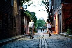 Couples who bike are adorable.