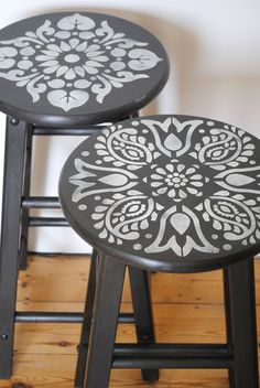 nice Janpath and Kota stencils on these painted stools  nicolettetabram.c... #stencil... by http://www.tophome-decorationsideas.space/stools/janpath-and-kota-stencils-on-these-painted-stools-nicolettetabram-c-stencil/
