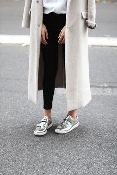 metallic sneakers   curated by ajaedmond.com   capsule wardrobe   minimal chic   minimalist style   minimalist fashion   minimalist wardrobe   back to basics fashion