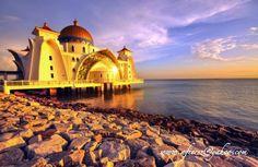 ms melaka Sala Vip, Paradise Found, Ramadan Mubarak, Taj Mahal, Tourism, Around The Worlds, Mansions, House Styles, City