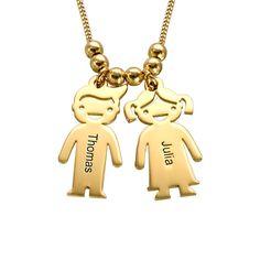 Lassen Sie die Namen Ihrer Kinder auf diese <b>750er vergoldete 925er Sterling Silber Kette mit Kinder Anhängern </b>gravieren. Für jeden Kinder Anhänger können Sie Ihre persönliche Wunschgravur wählen. Die Anhänger gibt es als kleine Mädchen und kleine Jungen.<br> Diese Halskette ist ein perfektes Geschenk für Mütter, Großmütter und Kinder zugleich!<br>Diese Namenskette gibt es auch in <a href=./Product.aspx?p=2398>Sterling Silber</a&...