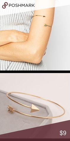 Arrow arm cuff Golden tone arrow arm cuff Jewelry Necklaces