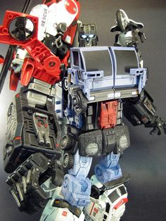 Botcon 2015 Transformers Cybertron Most Wanted musique NEUF