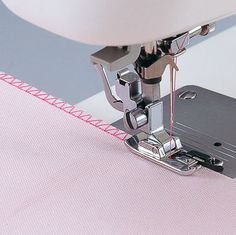 Sewing Machines For Beginners Overlock Overedge Overcasting Foot for Brother Singer Janome Juki Sewing Machine Things you should - Coin Couture, Couture Sewing, Sewing Hacks, Sewing Tutorials, Sewing Patterns, Sewing Tips, Tutorial Sewing, Sewing Essentials, Sewing Ideas
