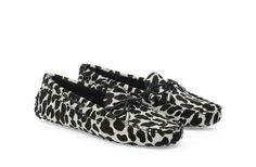 #tods #luxuryshoes #animal #print #black #leather #loafers #woman #luxurious #topbrand #luxurygoods #newarrivals #newcollection #fall2013 #newseason #style #love #want #luxuryshoes