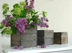 Bildergebnis für flieder in vase