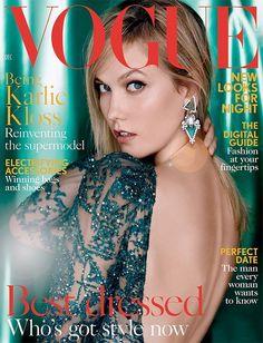 Karlie Kloss reinventa el concepto de Top ModelCon el miundo de la moda a sus pies, la supermodelo por excelencia o mejor dicho Karlie Kloss, es portada de las principales revistas, (en esta foto de Vogue) musa de mil y un diseñador adenás de protagonista de campañas publicitarias de ropa cosméticos y perfumes entre otras cosas. Sus envidiables medidas y su indiscutible profesionalidad la convierten en la número uno del Olimpo de la moda.