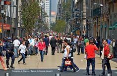Calle Madero. / Madero Street.