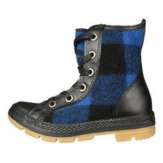 Blue Buffalo print Converse boots. So cool for fall!