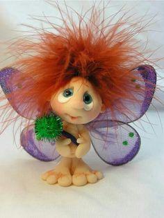 Polymer clay fairy or a fairy and a troll had a baby? Polymer Clay Kunst, Polymer Clay Fairy, Polymer Clay Figures, Polymer Clay Dolls, Polymer Clay Projects, Polymer Clay Creations, Paper Clay, Clay Art, Troll