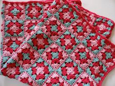 Last pinner said, & I agree; Wow! I love the way the squares are joined. Free pattern from Lion link. It looks like striped twine! Amazing idea, thanks so xox