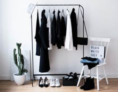 minimal wardrobe declutter your closet Wardrobe Closet, Wardrobe Staples, Wardrobe Basics, My New Room, My Room, Home Interior, Interior And Exterior, Minimalist Closet, Minimalist Chic