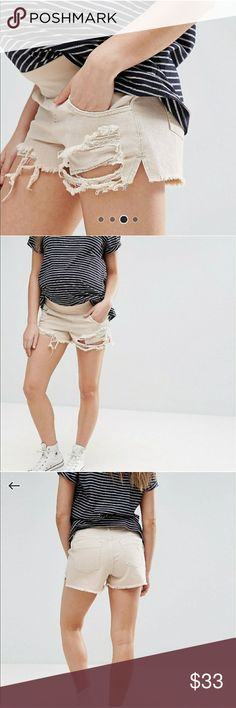 ASOS Maternity Shorts Super Cute shorts! Brand new without the tags. Only getting rid of them because they were too big! ASOS Shorts