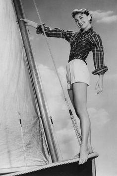 Vintage Summer Icons - Classic Vintage Photos of Iconic Women - Audrey Hepburn 1954