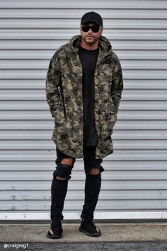 A longline French terry knit hooded cardigan featuring an allover camo print, open front, slanted front pockets, and long dropped sleeves. Urban Fashion, Love Fashion, Fashion Outfits, Style Fashion, Womens Fashion, Mode Masculine, Men Street, Street Wear, Men Looks