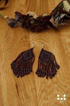 COLLECTION MULTIRANGS MEDIUMS ET MANCHETTES COULEUR PRUNE AVEC SES BOUCLES D'OREILLES/  Médiums et manchettes en perles de rocailles, avec une attache réglable ! ( bijoux artisanaux ) Assortissez-les avec leurs boucles d'oreilles.  https://www.facebook.com/pages/MAM/385410161613897?ref=aymt_homepage_panel