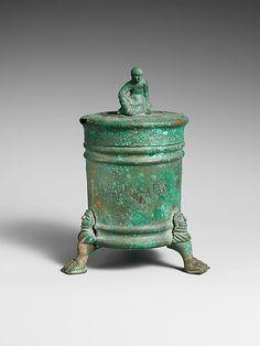 Bronze cista (toiletries box), Hellenistic period, Etruscan or Praenestine, early 3rd century BC