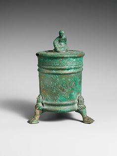 Bronze cista (toiletries box), Hellenistic period, Etruscan or Praenestine, early 3rd century BC