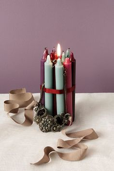 candles display for necklace