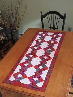 Disappearing Nine-Patch Table Runner | Flickr - Photo Sharing!