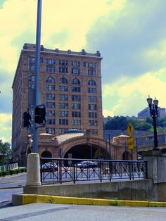 """1. Metropolis Magazine named Pittsburgh one of the World's Most Livable Cities in 2015 because of the community's efforts in preserving historical landmarks and for its innovation. No other city in the world has as much certified """"green building square footage"""" as Pittsburgh."""