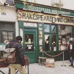 Shakespeare and company!!  Photo thanks: @lisa_fiore87!! www.kjoreproject.com/backpacks #kjøre #survey #classic #backpack #paris #gauce #france #trip #europe #vintage #books #shakespeare #history #hemingway #joyce #fitzgerald #stein #antheil #kjoreproject #handmade #finest #leather #goods #newzealand #premium #raw #materials @kjoreproject