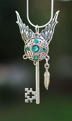 Celtic Circle Key Necklace