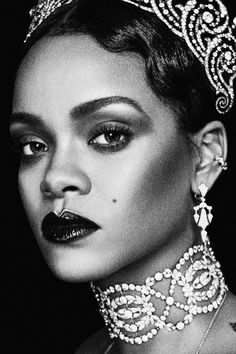 Rihanna photographed by Steven Klein for W Magazine September 2016 styled by Edward Enninful make up by Pat McGrath Beyonce, Rihanna Riri, Rihanna Style, Magazine W, Magazine Images, Magazine Covers, Magazine Editor, Rihanna Cover, Rihanna Looks