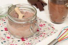 Il Preparato per Cioccolata Calda è facilissimo e veloce da preparare in casa, in pochi minuti otterrete una cioccolata calda densa e cremosa, golosissima!!