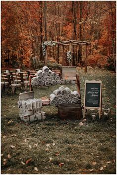 Wedding Reception Ideas, Barn Wedding Decorations, Wedding Venues, Fall Decorations, Wedding Ceremonies, Outdoor Wedding Games, Fall Wedding Centerpieces, Outdoor Ceremony, Dream Wedding
