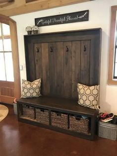 Entryway ideas for small spaces 00036 Entryway Decor Ideas Entryway forsmallspaces ideas Small Spaces Types Of Furniture, Pallet Furniture, Rustic Furniture, Home Furniture, Furniture Ideas, Furniture Stores, Antique Furniture, Modern Furniture, Pallet Bench