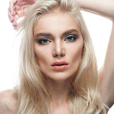Natural look make-up