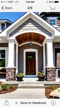 Entry- curved trim above front door