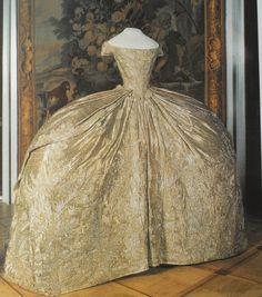 Wedding dress of the Grand Duchess Catherine Alexeyevna.